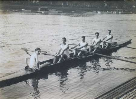 1923 Lightweight Maiden Four
